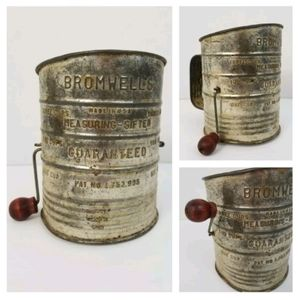 Vintage Bromwell's Flour Sifter Metal w/ Red Wood